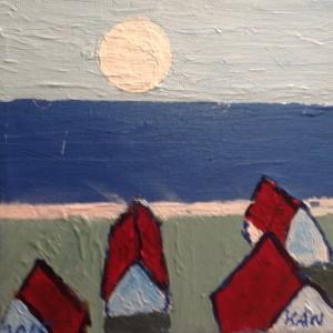 4 huse ved havet med opgående fuldmåne